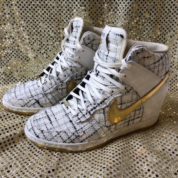 detailed look 3aab0 dd9e8 Nike Dunk Sky Hi City FW QS Sail Metallic. M 5c569a122e147879e5e8460d
